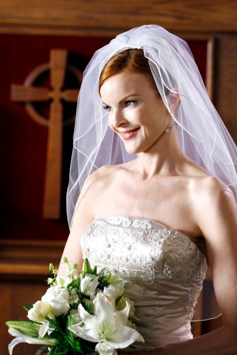 Bree (Marcia Cross) glaubt an Orsons Unschuld und will ihn heiraten ... - Bildquelle: 2005 Touchstone Television  All Rights Reserved