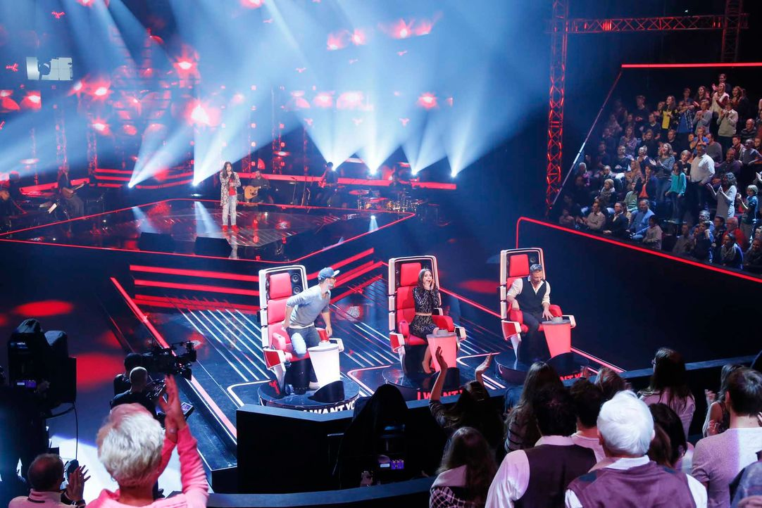 The-Voice-Kids-Stf04-Epi04-Jury-1-SAT1-Richard-Huebner - Bildquelle: © SAT.1/ Richard Hübner