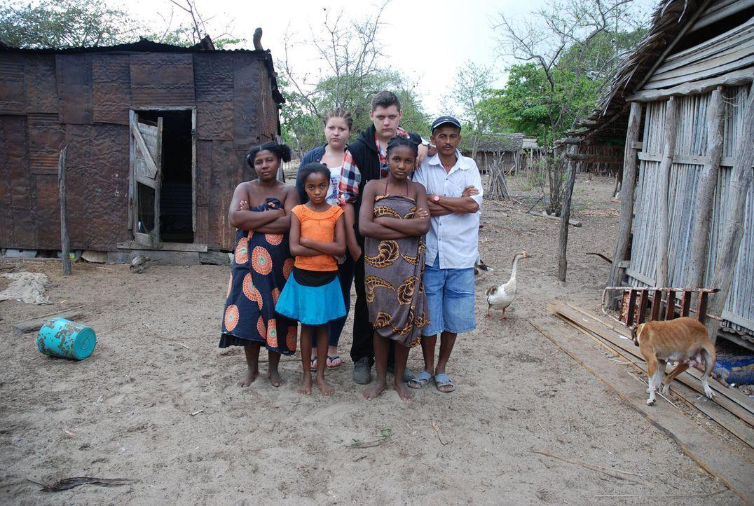 Die französische Republik Madagaskar im Indischen Ozean. Etwa 400 Kilometer vor der Südküste Afrikas. Am nördlichen Ende der Insel liegt das Dorf Am... - Bildquelle: kabel eins
