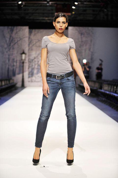 germanys-next-topmodel-stf07-epi01-modenschau-backstage-44-oliver-s-prosiebenjpg 1324 x 1990 - Bildquelle: Oliver S. - ProSieben