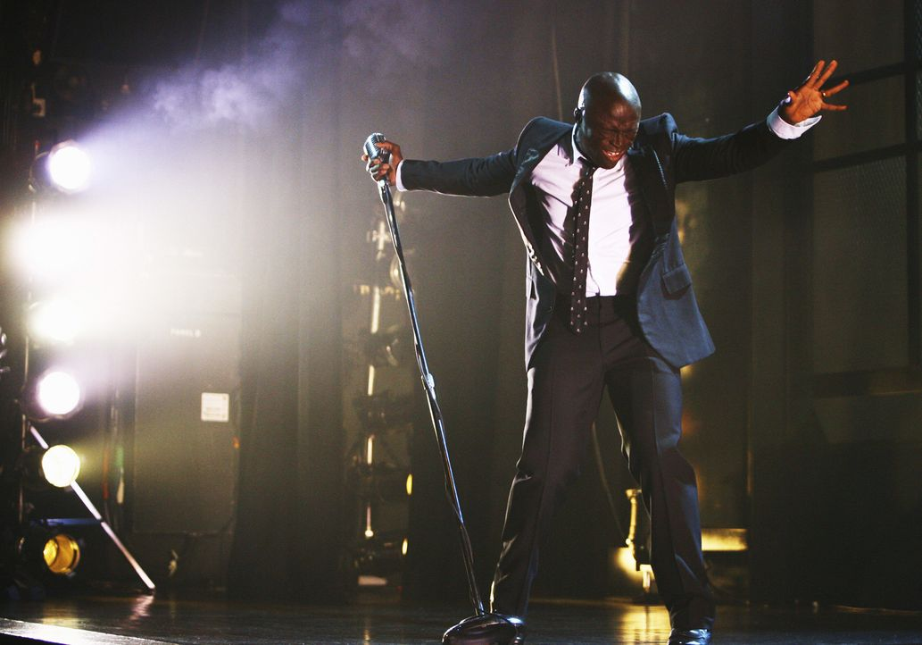 Matt möchte mit einem Konzert von Seal (Seal) Taylor zeigen, wie gern er sie hat ... - Bildquelle: Disney - ABC International Television