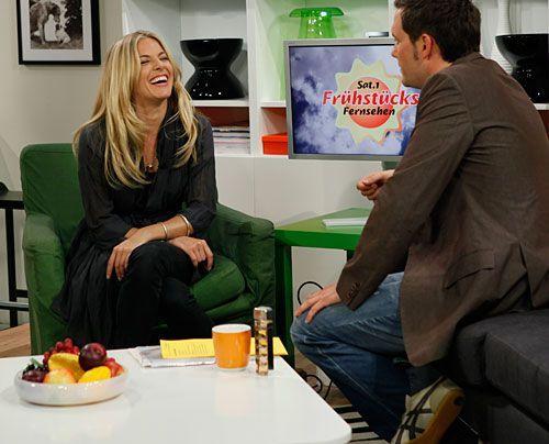 Bildergalerie Sienna Miller im Studio | Frühstücksfernsehen | Ratgeber & Magazine - Bildquelle: Ingo Gaus - Sat 1