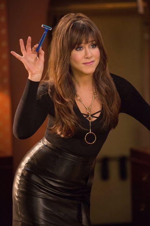 Ein ziemlich heißer Feger, der dem Trio einiges abverlangt: Dr. Julia Harris (Jennifer Aniston) ... - Bildquelle: 2014   Warner Bros.