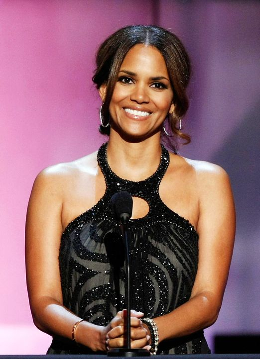 halle-berry-08-06-25-getty-afpjpg 1440 x 1990 - Bildquelle: getty-AFP