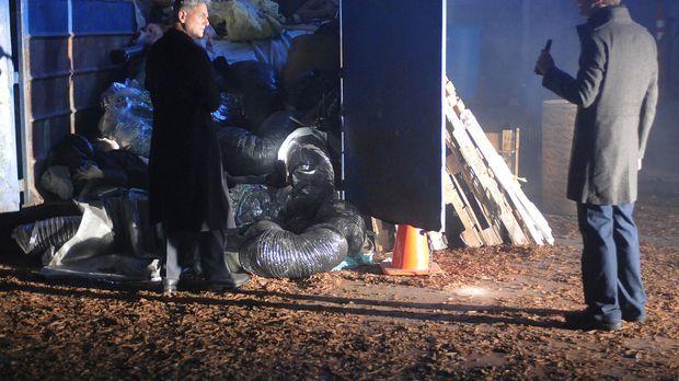 Ermitteln in einem neuen Fall: Gibbs (Mark Harmon, l.) und Tony (Michael Weat...
