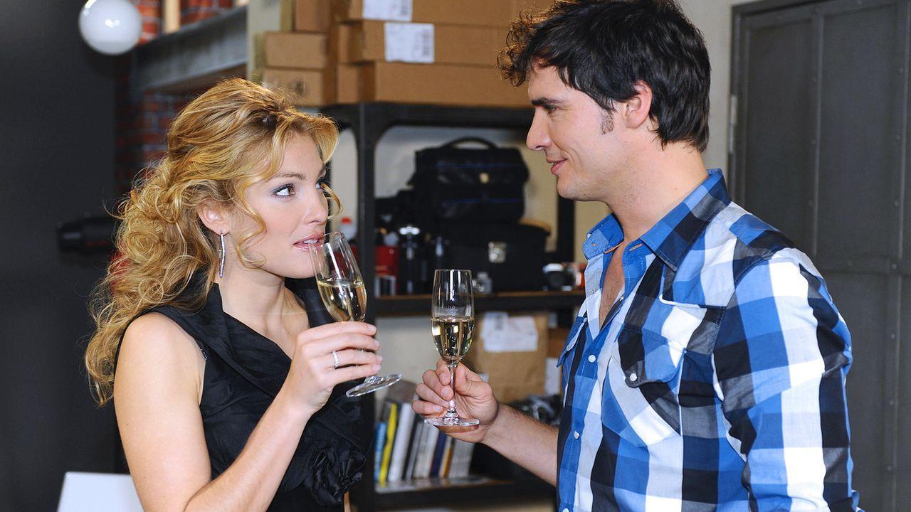 Anna-und-die-Liebe-Folge-334-01-Sat1-Oliver-Ziebe - Bildquelle: SAT.1/Oliver Ziebe