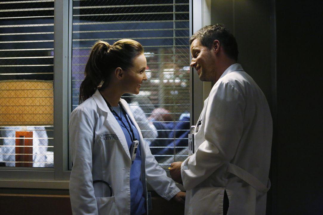 Planen ein harmonisches Thanksgiving: Jo (Camilla Luddington, l.) und Alex (Junstin Chambers, r.) ... - Bildquelle: ABC Studios