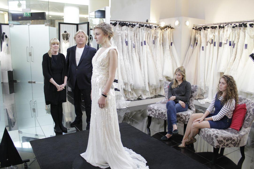 Rockerbraut Laura weiß genau, was sie will: Ihr Hochzeitskleid muss zu ihrer... - Bildquelle: TLC & Discovery Communications