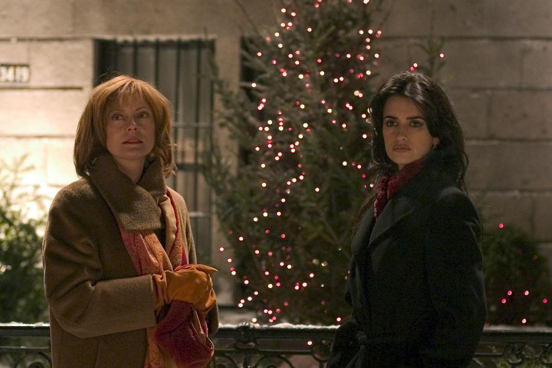 Wunder geschehen, wenn du es am wenigsten erwartet, diese Erfahrung machen Nina (Penélope Cruz, r.) und Rose (Susan Sarandon, l.) ... - Bildquelle: Red Rose Productions LLC