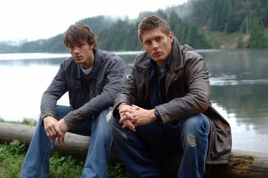Supernatural - Auf der Suche nach neuen, mysteriösen Vorfällen stoßen Sam (Ja...