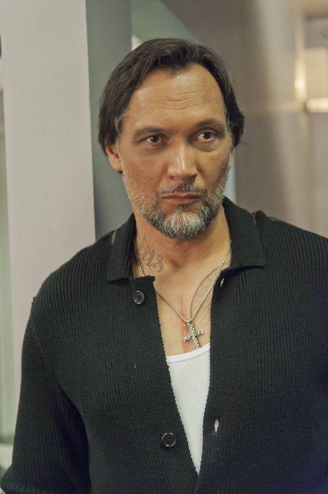 Als ehemaliger Gangster kann Nero (Jimmy Smits) Jax einige Tipps geben, aber auch gute? - Bildquelle: 2012 Twentieth Century Fox Film Corporation and Bluebush Productions, LLC. All rights reserved.