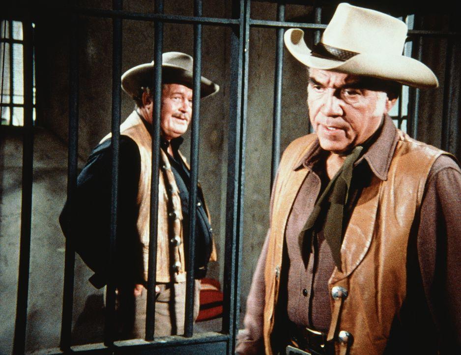 Als der unter Mordanklage stehende Will Griner freigesprochen wird, kocht die Bürgerseele. John Degnan, ein Freund des Opfers, nutzt die Stimmung un... - Bildquelle: Paramount Pictures