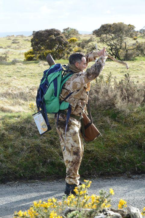 Irgendwie scheint das Survivaltraining Joe (John Marquez) total zu überfordern ... - Bildquelle: BUFFALO PICTURES/ITV