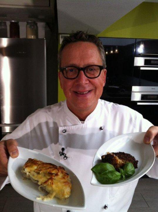 Dirk Hoffmann, rheinische Frohnatur aus Düsseldorf, macht für uns die Kochprobe aufs Exempel: Gaumenschmaus oder Gaumengraus? Ob die Sauerkrautfri... - Bildquelle: kabel eins