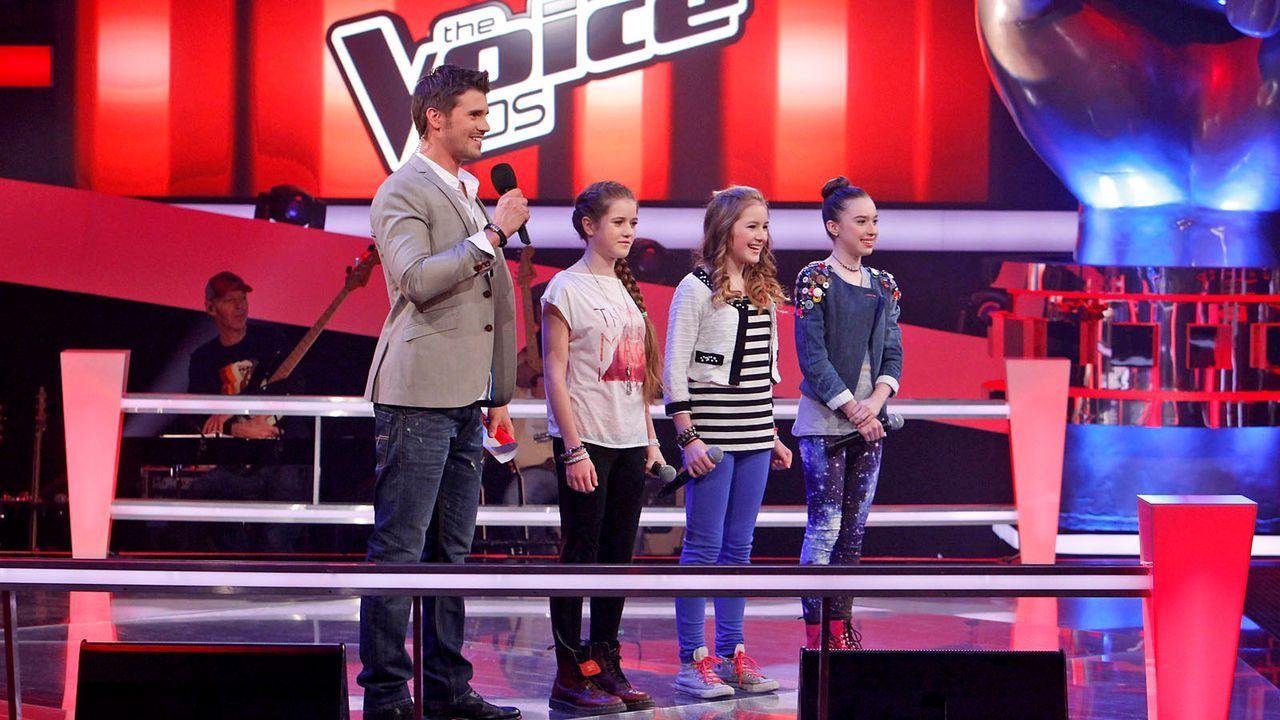 The-Voice-Kids-epi04-Rita-Sarah-Alexandra-42-SAT1-Richard-Huebner - Bildquelle: SAT.1/Richard Hübner