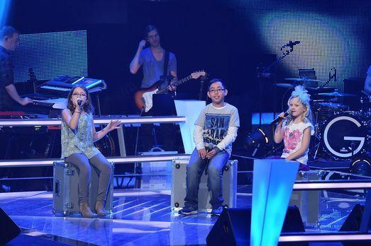 The-Voice-Kids-Stf03-Epi06-Auftritte-03-Eleni-Dave-Linnea-SAT1-Andre-Kowalski...