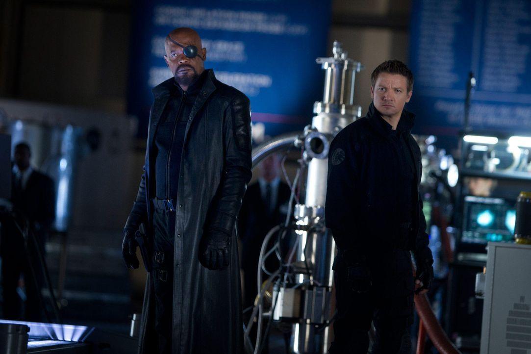 the-avengers-extra-041-2011-mvlffllc-tm-2011-marveljpg 2000 x 1333 - Bildquelle: 2011 MVLFFLLC TM & 2011 Marvel