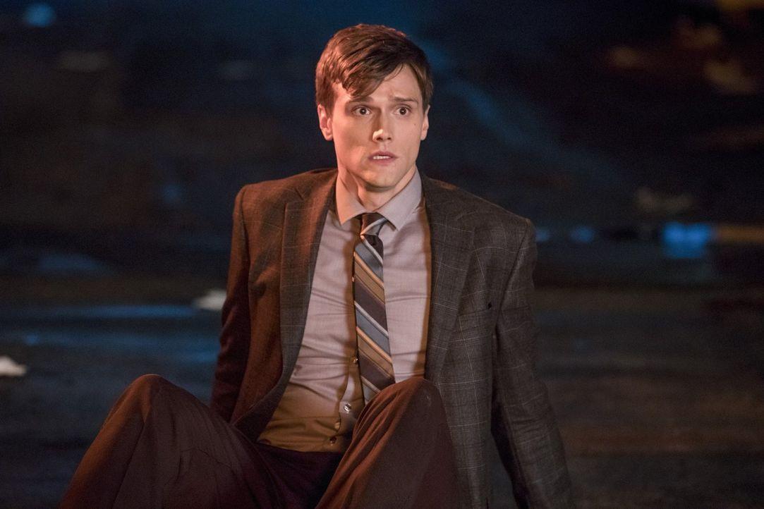 Ist Ralph Dibny (Hartley Sawyer) wirklich der schlechte Mensch, für den ihn Barry hält? - Bildquelle: 2017 Warner Bros.