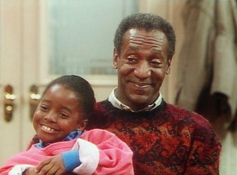 Bill Cosby Show - Rudy (Keshia Knight Pulliam, l.) und Cliff (Bill Cosby, r.)...