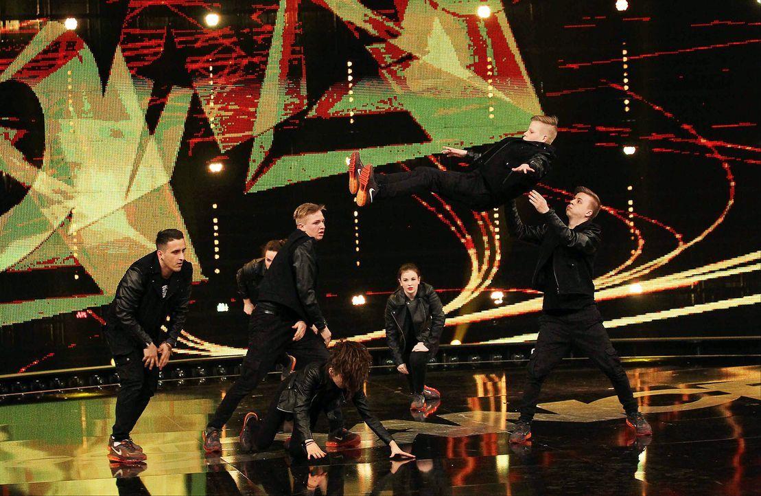 Got-To-Dance-Military-Crew-04-SAT1-ProSieben-Guido-Engels - Bildquelle: SAT.1/ProSieben/Guido Engels