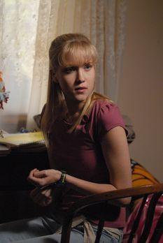 Medium - Nichts bleibt verborgen - Allison (Jessy Schram) bewegt sich in ihre...