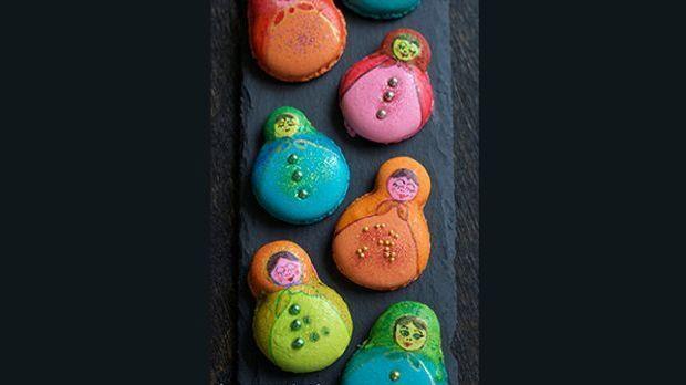 Total köstliche Macarons in einer wundervollen Optik - denn das Auge isst ja...