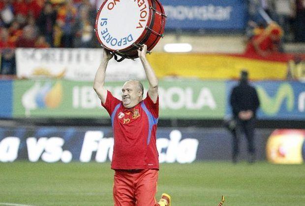 Manolo begleitet die spanische Nationalelf seit 1982