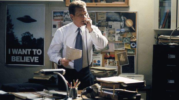John Doggett (Robert Patrick) setzt alles daran, den Serienmörder Fassl zu st...
