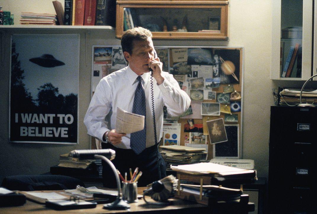 John Doggett (Robert Patrick) setzt alles daran, den Serienmörder Fassl zu stellen, der aufgrund handfester Beweise aus dem Gefängnis entlassen wurd... - Bildquelle: 20TH CENTURY FOX
