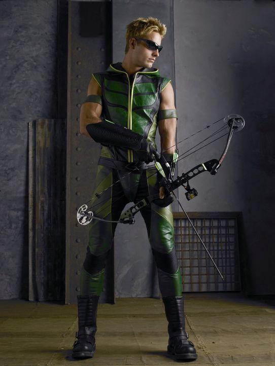 Wer steckt hinter dem mysteriösen Superhelden Green Arrow (Justin Hartley)? - Bildquelle: Warner Bros.