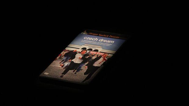 Don Wildman präsentiert einen außergewöhnlichen tschechischen Film, der die p...