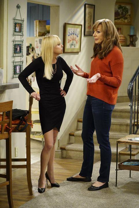 Müssen sich um eine gute Freundin kümmern, ob sie wollen oder nicht: Christy (Anna Faris, l.) und Bonnie (Allison Janney, r.) ... - Bildquelle: 2017 Warner Bros.