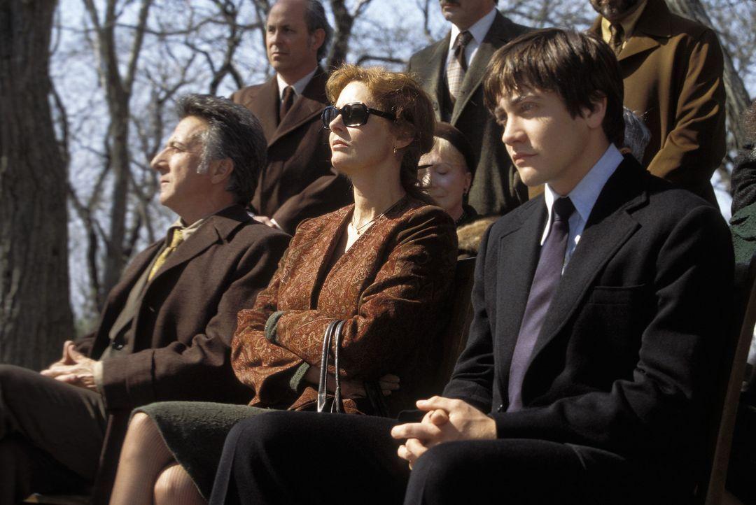 Haben eine schwere Zeit vor sich: Joe (Jake Gyllenhaal, r.), Ben (Dustin Hoffman, l.) und Jojo (Susan Saradon, M.) ... - Bildquelle: Touchstone Pictures