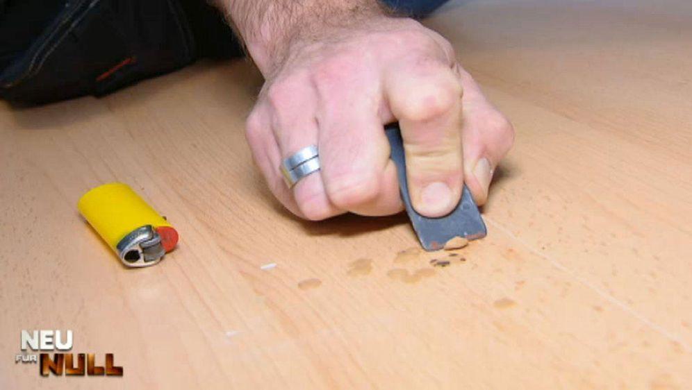 Bodenlöcher verschließen - Bildquelle: kabel eins
