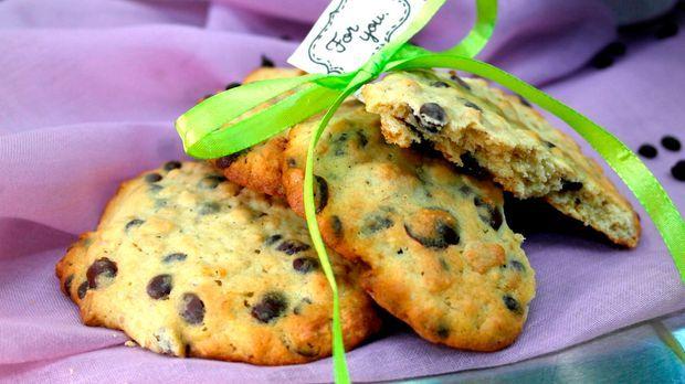 mookies mit schokolade und banane das rezept aus enie backt. Black Bedroom Furniture Sets. Home Design Ideas