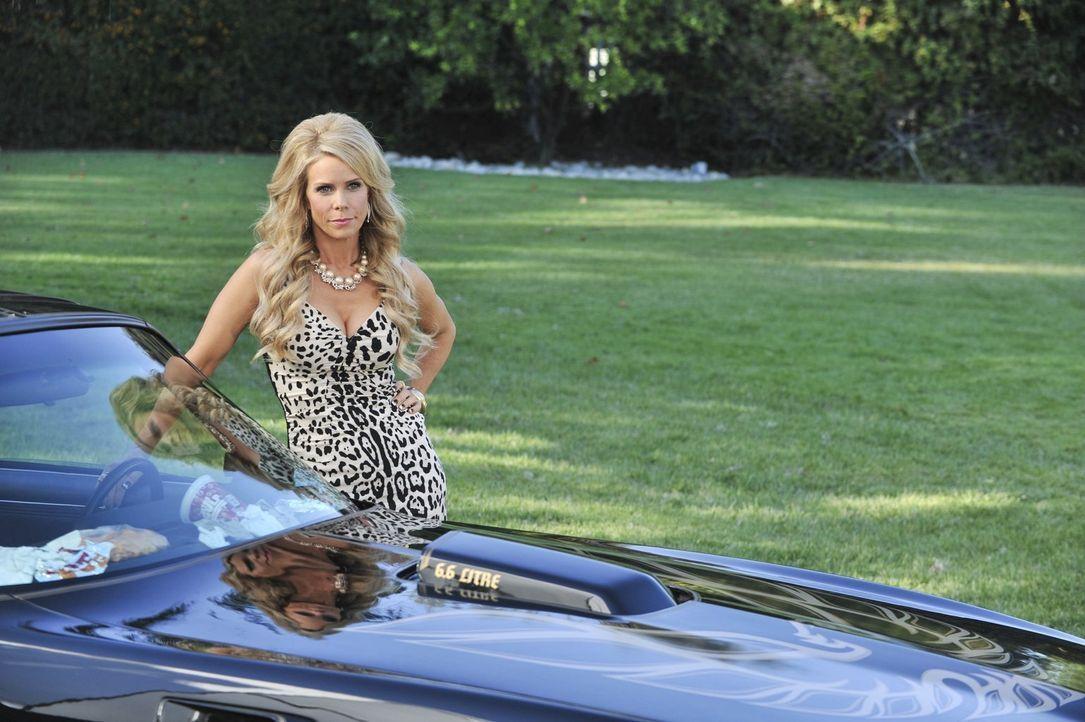 Während Dallas (Cheryl Hines) zur Beerdigung ihrer Mutter in den Süden fahren muss, machen George, Noah und Fred einen ganz besonderen Männerausflug... - Bildquelle: Warner Brothers