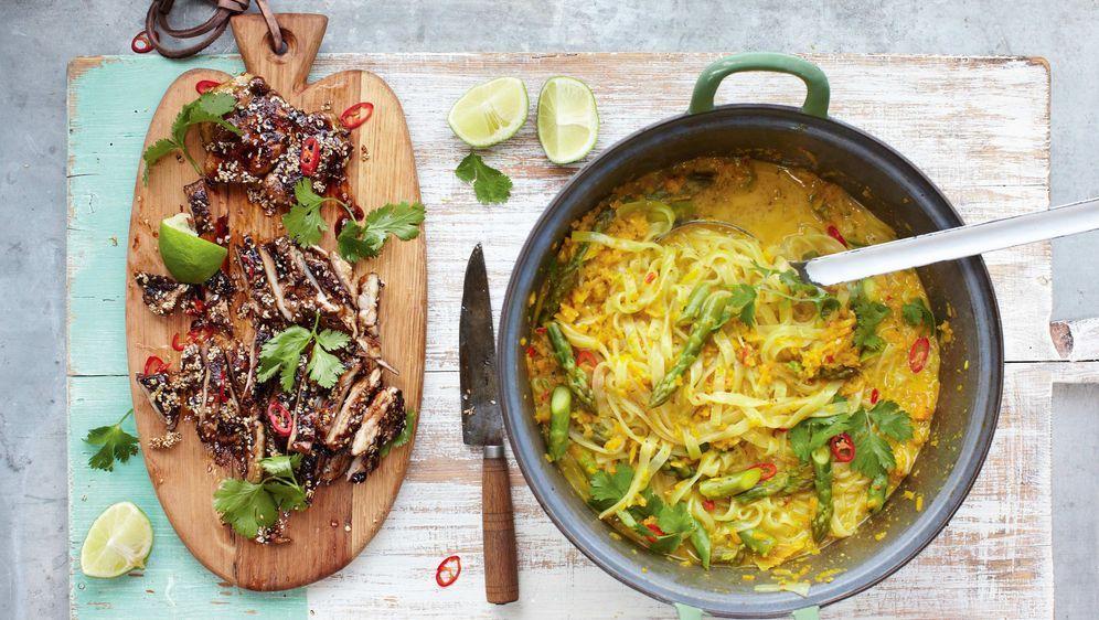 Thai Hähnchen Laksa Das Rezept Von Jamie Oliver