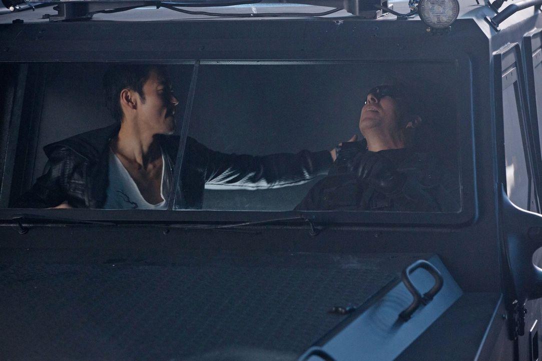"""Wird Russell (Aaron Yoo, l.) und seinen Freunden ein wichtiger Schlag gegen """"Ultra"""" gelingen? - Bildquelle: Warner Bros. Entertainment, Inc"""