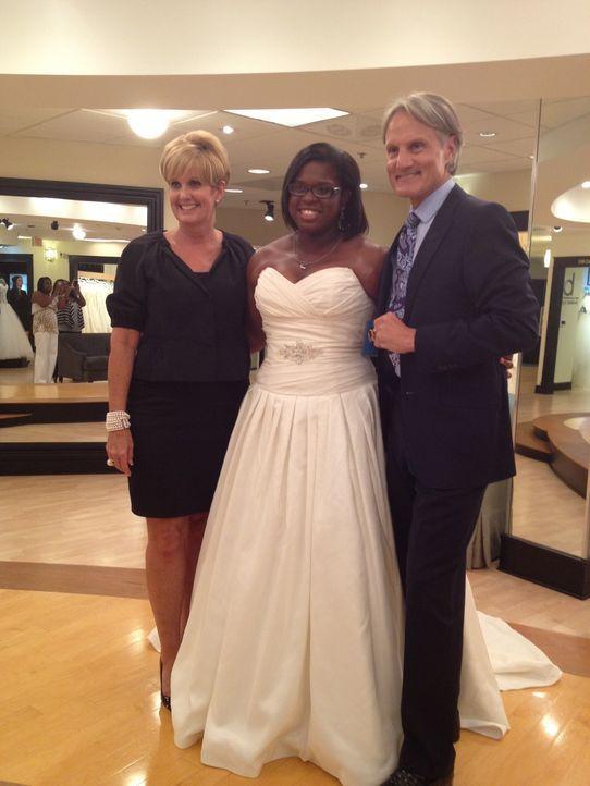 Kurz vor der Hochzeit kommt für Leslie Walker der Moment der Wahrheit und der letzten Anprobe ... - Bildquelle: Discovery Communications