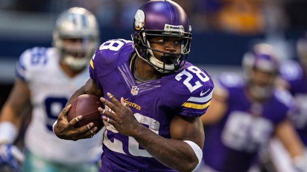 Adrian Peterson (Minnesota Vikings) - Bildquelle: 2013 Wesley Hitt
