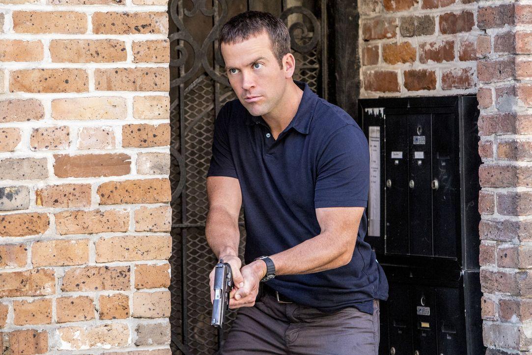 Gerät bei den Ermittlungen in einem neuen Fall selbst in Gefahr: Lasalle (Lucas Black) ... - Bildquelle: 2014 CBS Broadcasting Inc. All Rights Reserved.