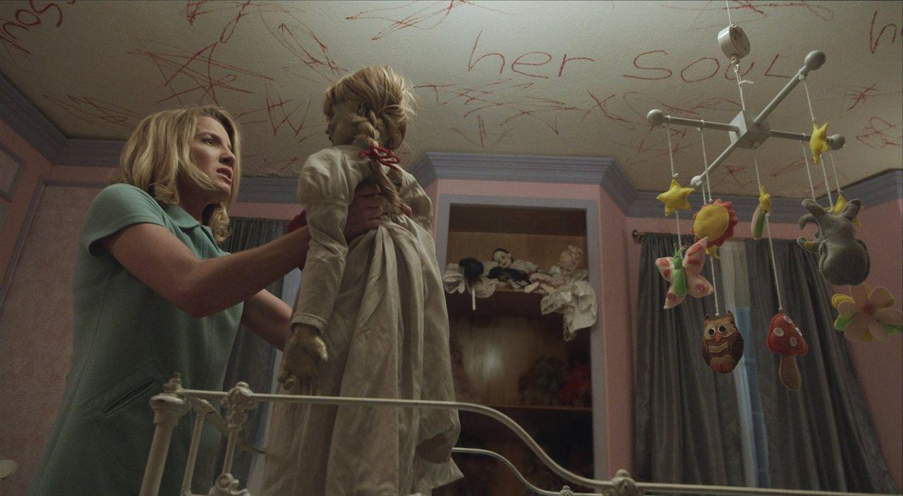 Als die Puppe Annabelle spielt ein grausames Spiel. Sie trachtet nach Mias (Annabelle Wallis) Baby. Diese ist sie alles bereit zu tun, auch ihr eige... - Bildquelle: 2014 Warner Brothers