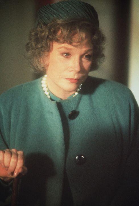 Die ehemalige First Lady Tess Carlisle (Shirley MacLaine) ist eine nicht ganz einfache Person, die ihren Bodyguard mit ihren Launen fast in den Wahn... - Bildquelle: TriStar Pictures