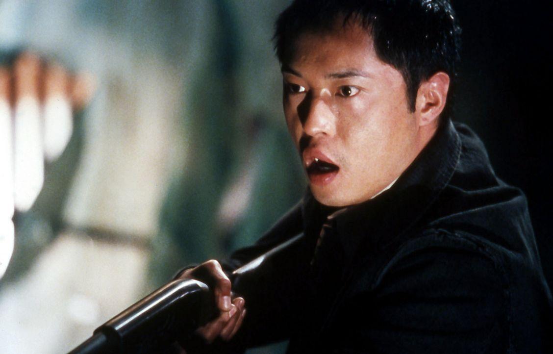 Der Polizist Sing (Ken Leung) tappt in eine tödliche Falle ... - Bildquelle: Twisted Pictures