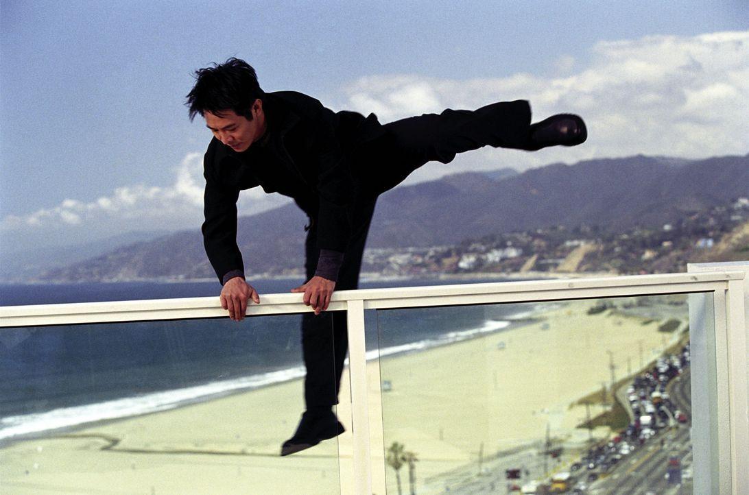 Der taiwanesische Regierungsagent Su (Jet Li) hat nur ein Ziel vor Augen: Er will sich endlich an dem Mann rächen, der ihm einst nach dem Leben tra... - Bildquelle: Warner Bros.
