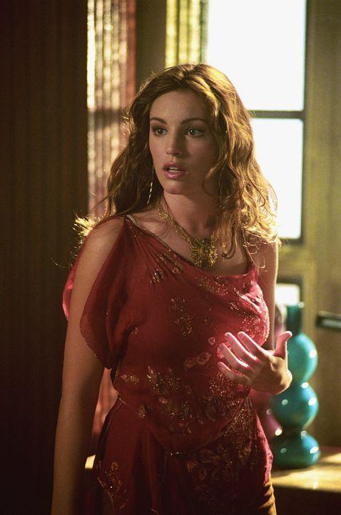 Die attraktive Victoria Emerson (Kelly Brook) ... - Bildquelle: Warner Bros.