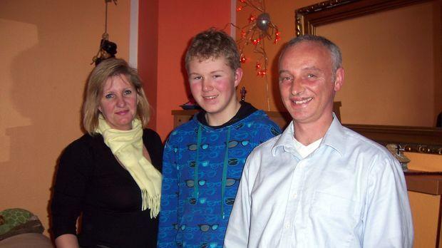 Starten ein neues Leben in Dänemark: Peter (r.), Elke (l.) und Sven Rudolff (...