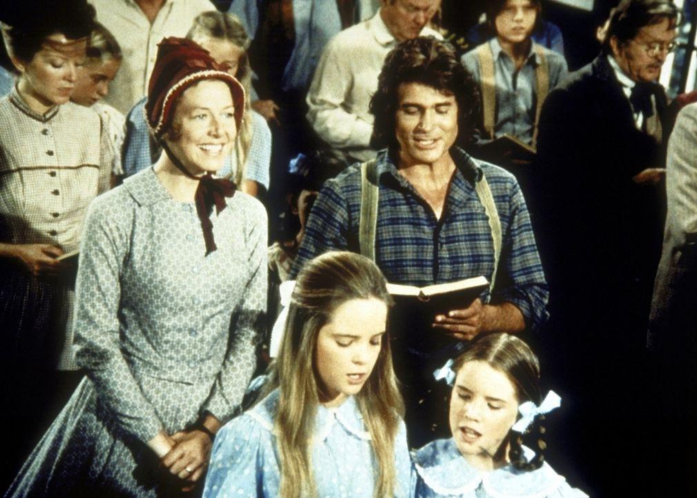 Familie Ingalls in der Kirche: (v.l.n.r.) Caroline (Karen Grassle), Mary (Melissa Sue Anderson), Charles (Michael Landon) und Laura (Melissa Gilbert). - Bildquelle: Worldvision