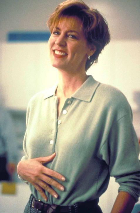 Überglücklich kann Lindsey Harrison (Christine Lahti) ihren auf wundersame Weise genesenden Ehemann nach Hause holen. Doch dieser kehrt völlig ve... - Bildquelle: TriStar Pictures