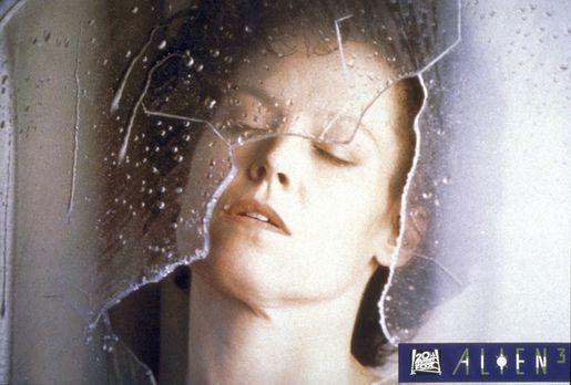 Alien 3 - Leutnant Ellen Ripley (Sigourney Weaver) überlebt als einzige die N...